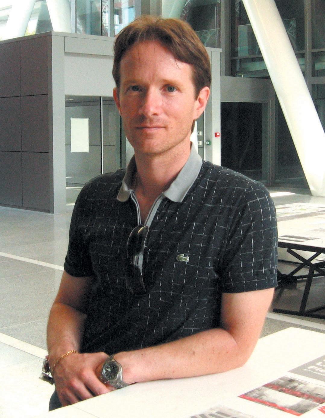 Dr Boris Weliachew