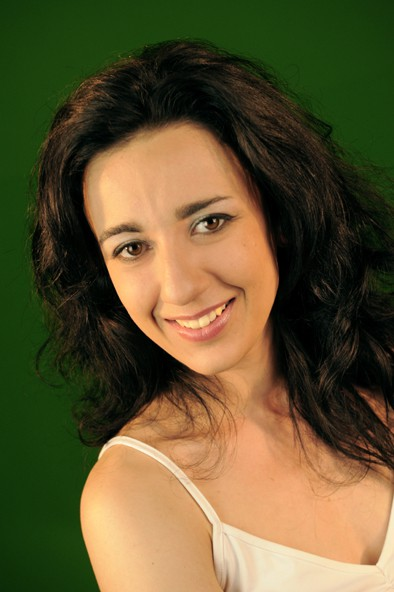 Estelle Brattesani