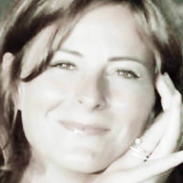Anne Bazin