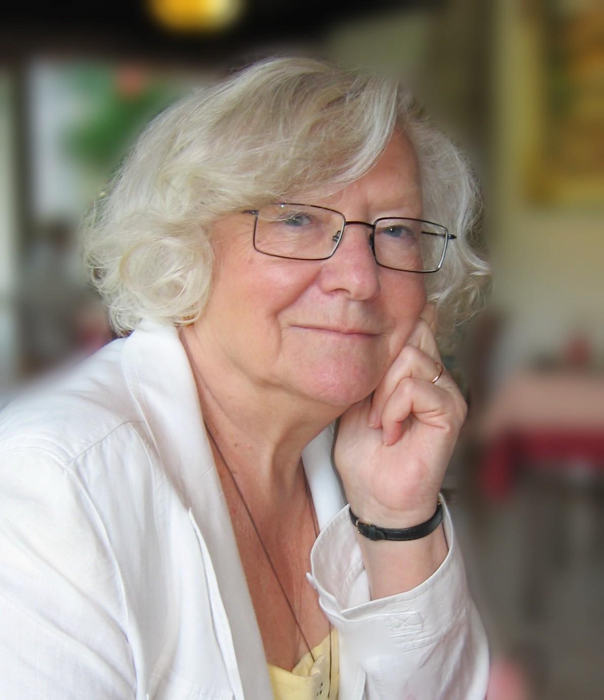 Nicolle Dubeau-Pirès